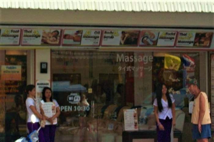 Thai massage girls