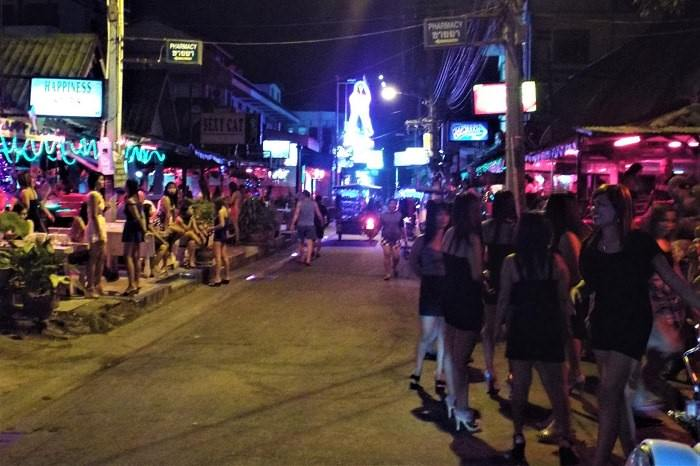 Thai nightlife and girls