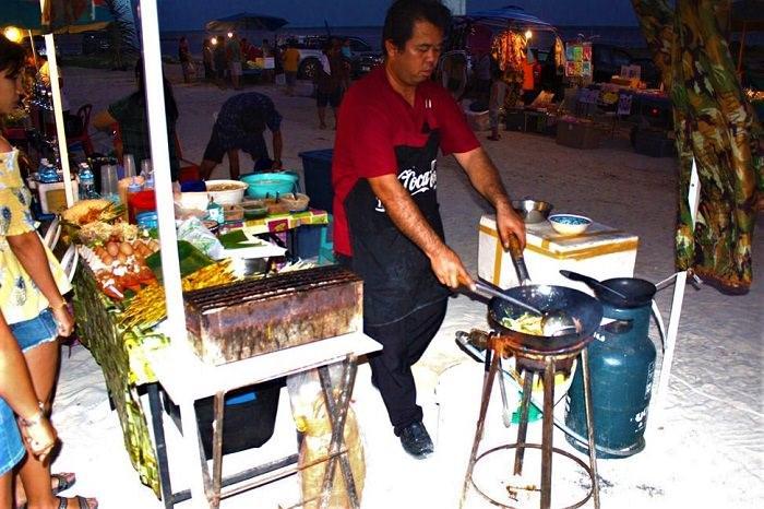 Koh Samui beach food