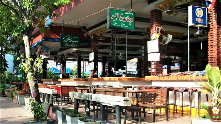 Naklua Beer Bars