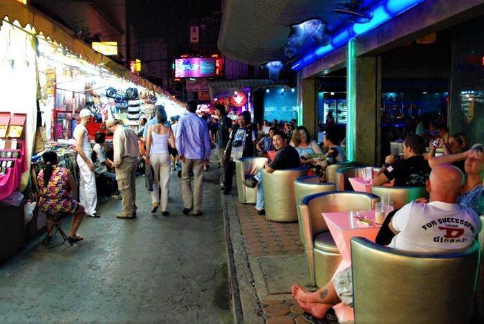 Patpong bars