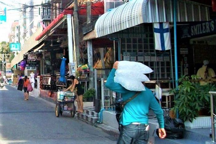 Daytime on Soi 8 Pattaya