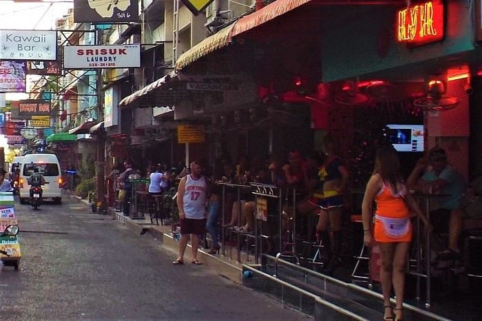 Pattaya Soi 6 girls