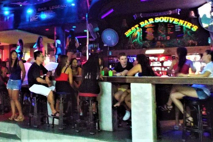 Best Bar Soi 8